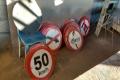 Município economiza quase R$ 5 mil com reutilização de placas de trânsito